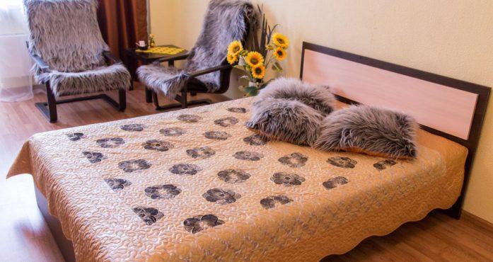 Квартира Подсолнух посуточно в Екатеринбурге