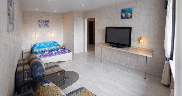 Уютная квартира у ЖД Вокзала посуточно в Екатеринбурге